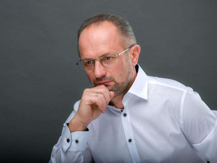Роман Безсмертний: «Загроза повномасштабного вторгнення з боку Росії залишається»