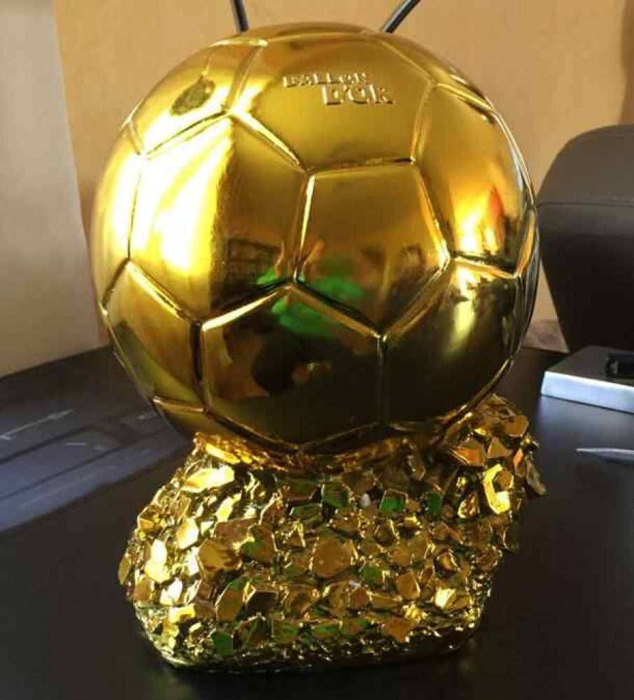 ФІФА назвала імена десяти претендентів на звання кращого футболіста сезону-18/19