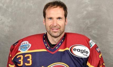 Петр Чех починає хокейну кар'єру