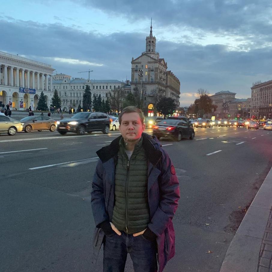 Відомий російський пропагандист вільно розгулює Києвом
