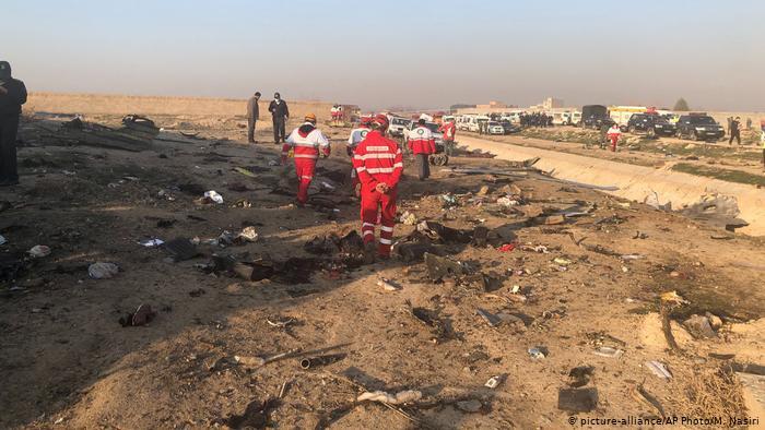 Літак МАУ розбився в Ірані. На борту було щонайменше 170 осіб.