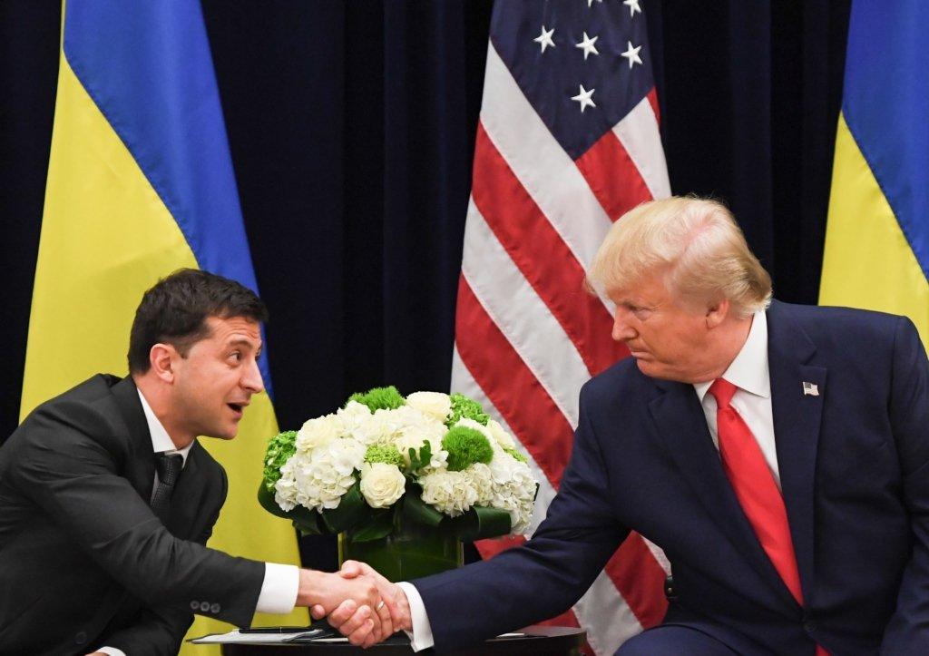 Зеленський запросив Трампа до Києва: Я готовий прийняти його швидше, ніж він мене