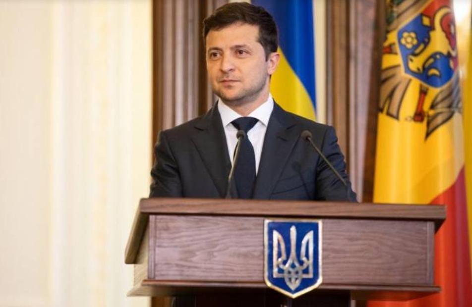 Зеленський: Ми повинні забезпечити кожного українця швидкісним інтернетом у будь-якій точці країни