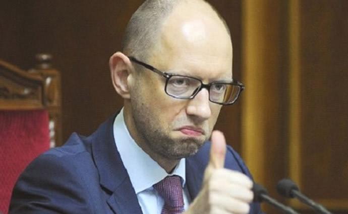 Яценюка можуть призначити головою НБУ замість Смолія, якого Зеленський примусив піти у відставку.
