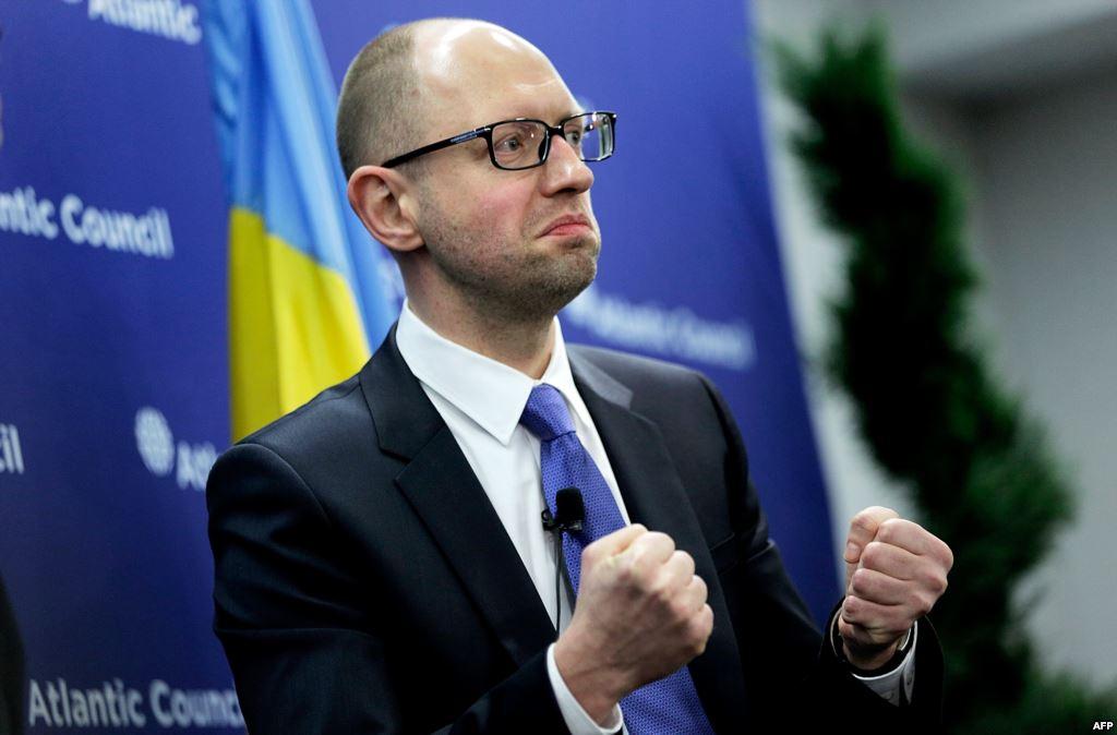 Если на президентских выборах в США победит Байден, то в украинскую большую политику может вернуться Яценюк. Он даже снова может стать премьером