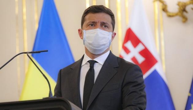 Якість лікування коронавірусу в Україні краща за інші країни Європи — Зеленський