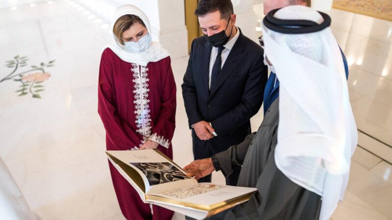 Олена Зеленська пропонує популяризувати українське писанкарство в Об'єднаних Арабських Еміратах