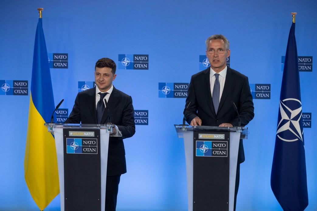 """""""Показовий крок"""". Офіційний сайт НАТО """"заговорив"""" українською мовою"""